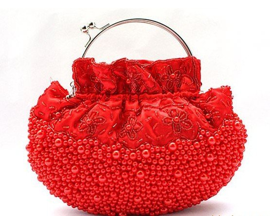 Red-Charming-Beaded-bag