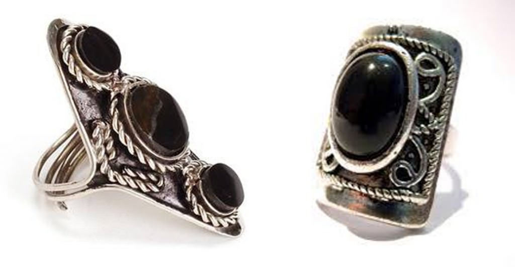 bohemian silevr ring with black stone