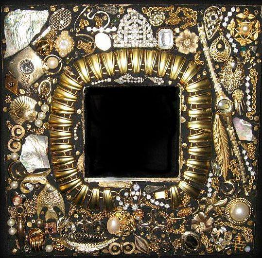 art miror 11 Costume jewelry 1