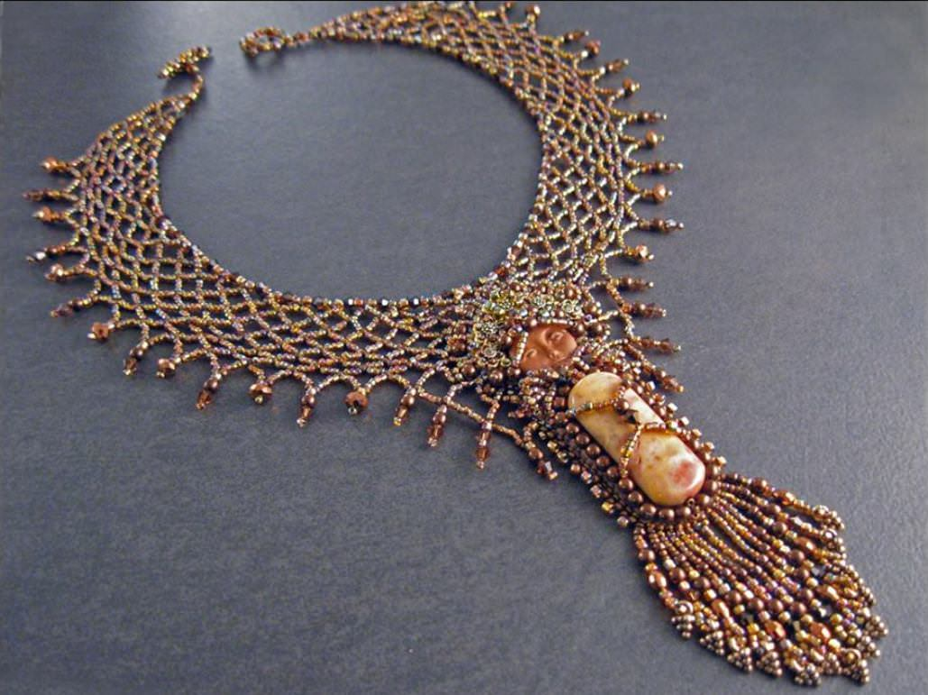 7 Amazing Necklaces Inspired by Autumn - World of the Woman