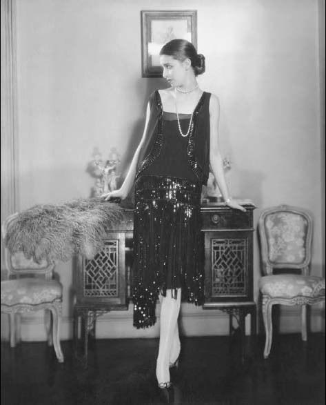 Chanel litle black dress cocktail dress 1930