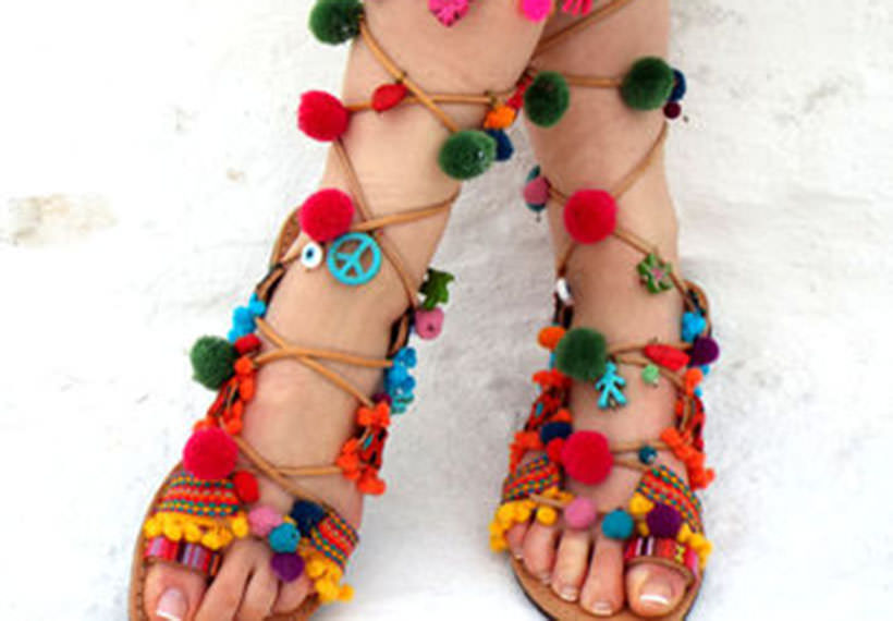 4 Pom Pom Sandals many solors