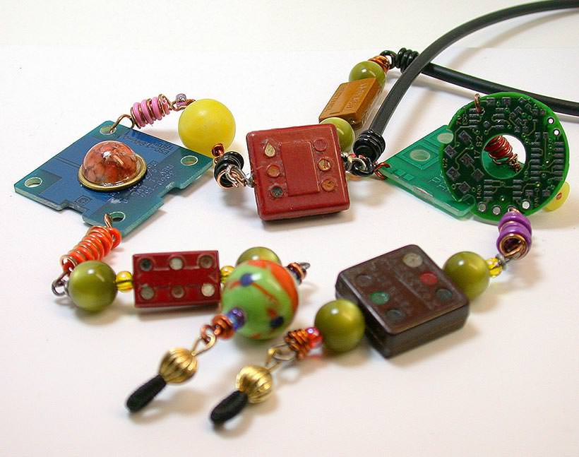 Recycled neckless 4