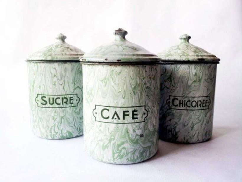 canisters art 9